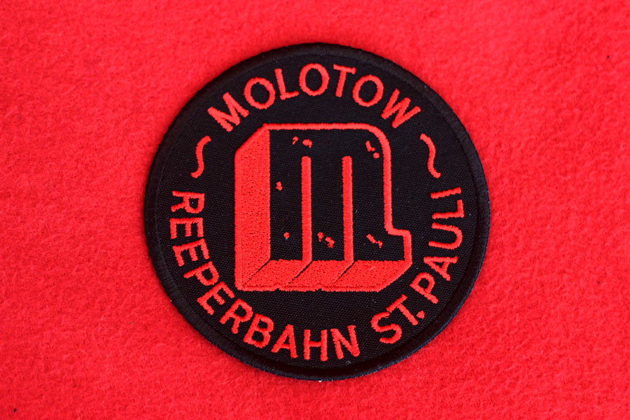 Logo Patch Negro-Rojo